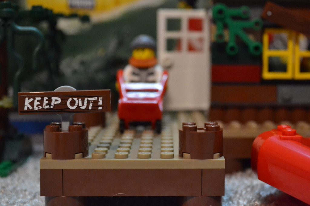 Lego City 60068 - keep out!