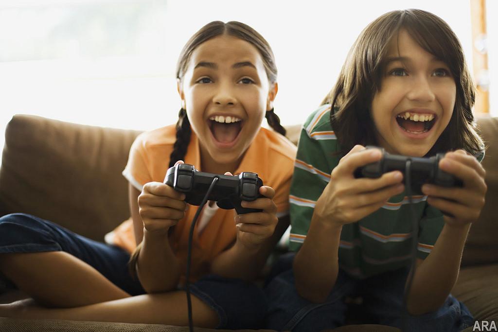 Proč by vaše dítě mělo hrát videohry